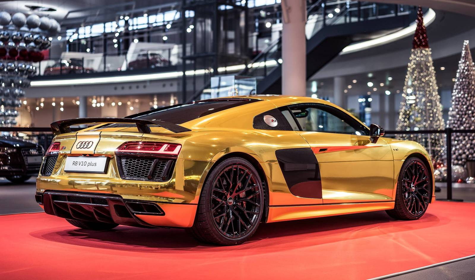 mclaren bp23 with Golden Audi R8 V10 Plus Revealed on Golden Audi R8 V10 Plus Revealed moreover Mclaren Bp23 Hyper Gt First Official Test Mule Photos moreover The 2019 Mclaren Bp23 Is A Car Worth Waiting For Feature in addition Mclaren F1 The Ultimate Sports Car together with Mclaren 570gt Mso Pebble Beach.
