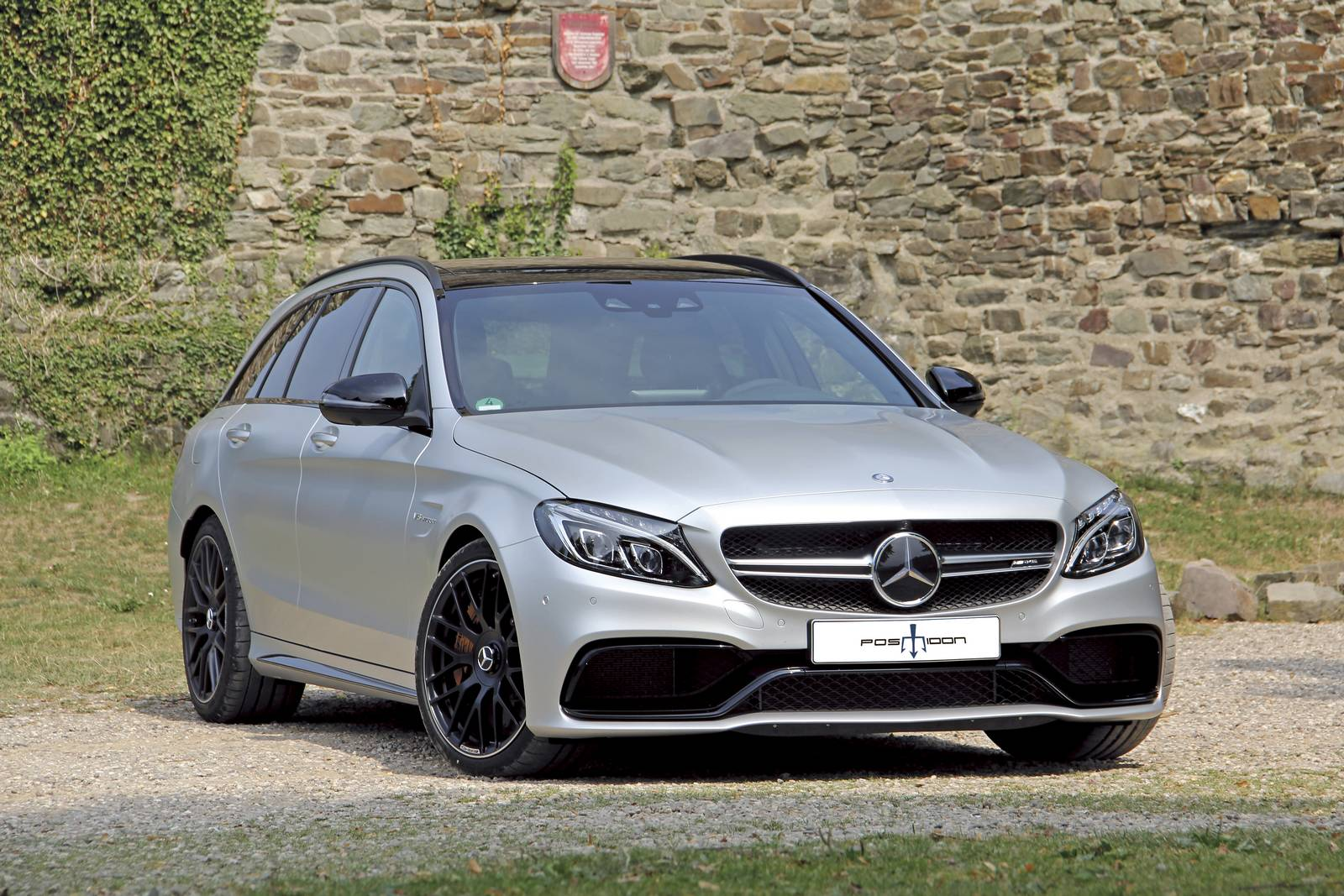 Official 700hp mercedes amg c63 wagon by posaidon gtspirit for Mercedes benz c63 amg wagon