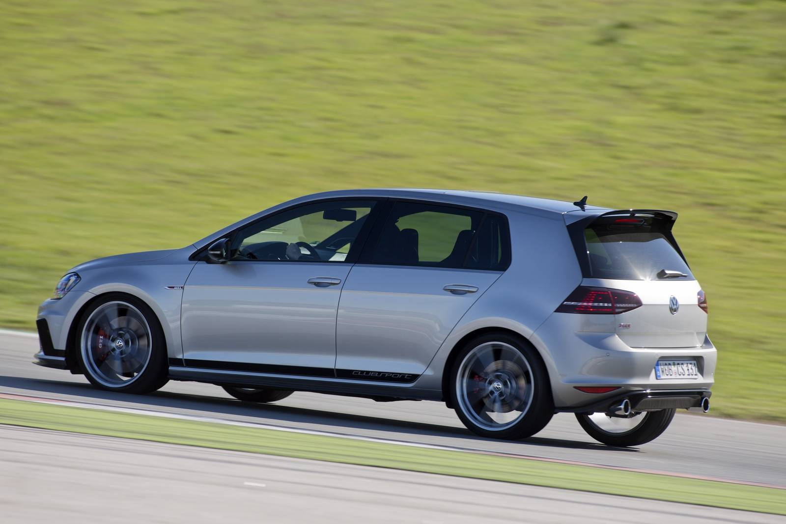 Golf Gti Top Gear >> 2016 Volkswagen Golf GTI Clubsport Review - GTspirit