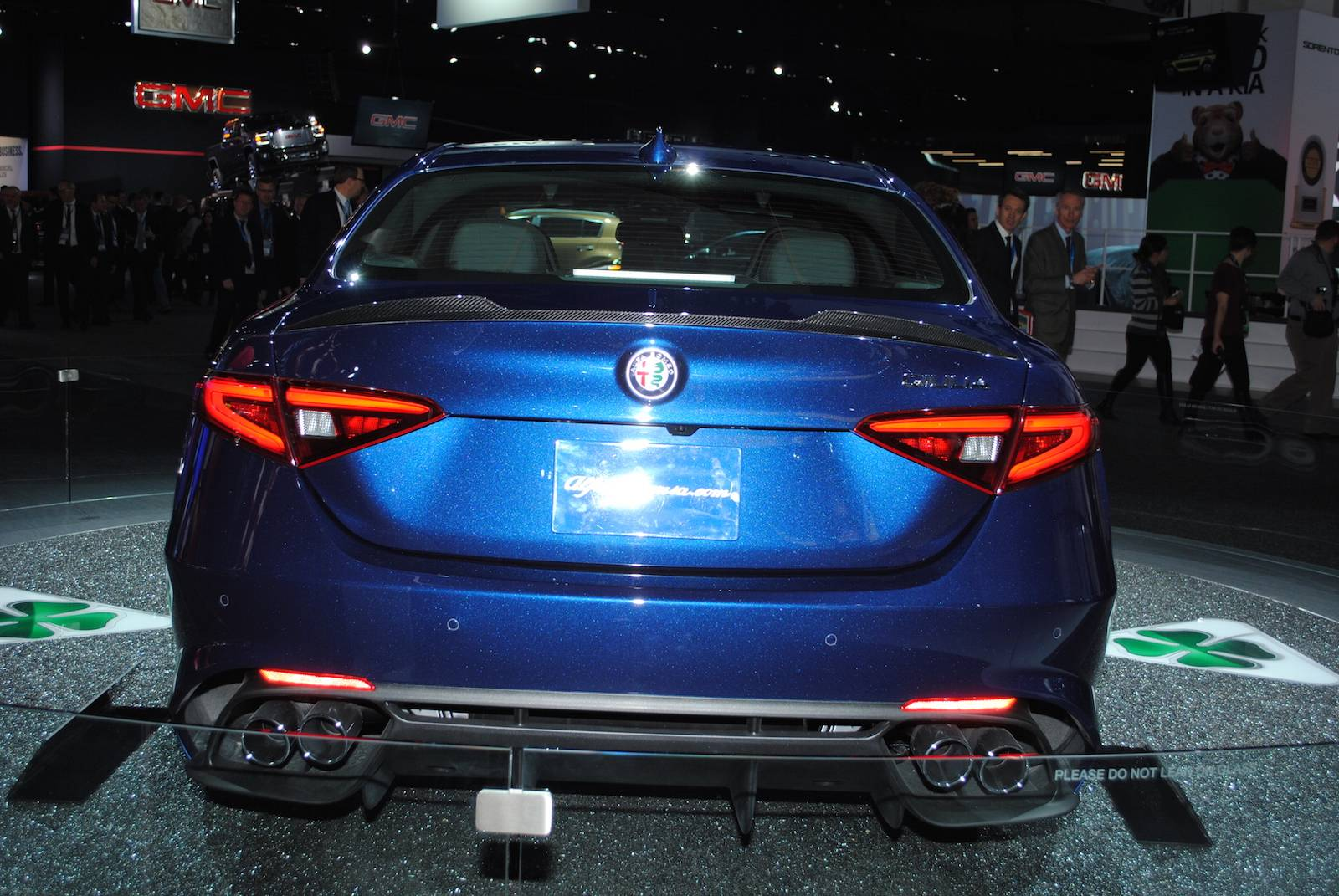 Alfa romeo giulia 2016 engine sound 15