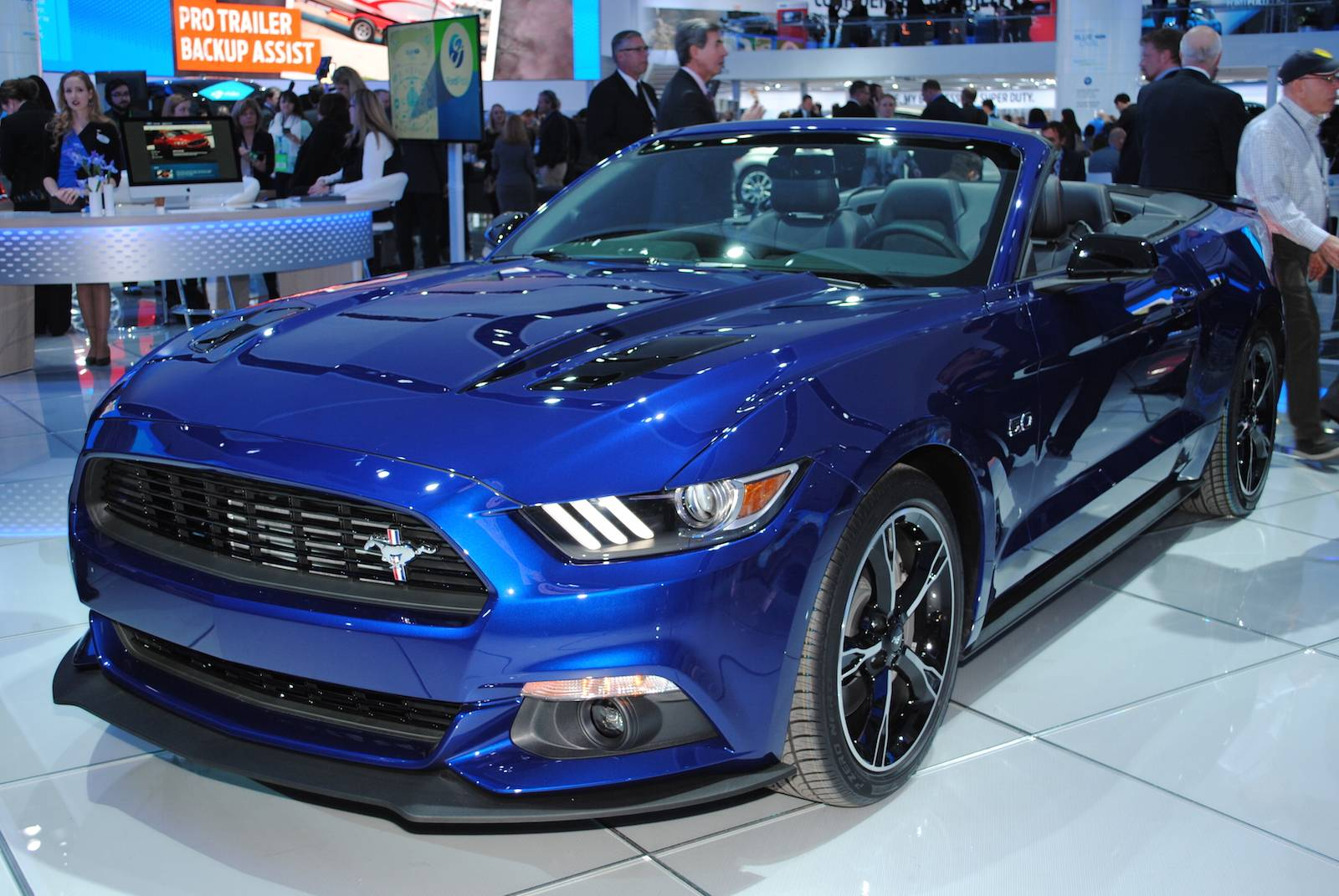 detroit 2016 ford mustang gt california special gtspirit. Black Bedroom Furniture Sets. Home Design Ideas