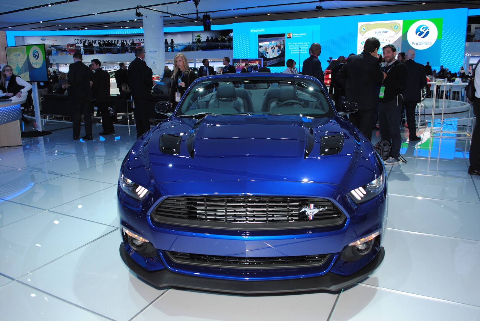 Detroit 2016 Ford Mustang Gt California Special Gtspirit 2015 1 Of 11 Performance
