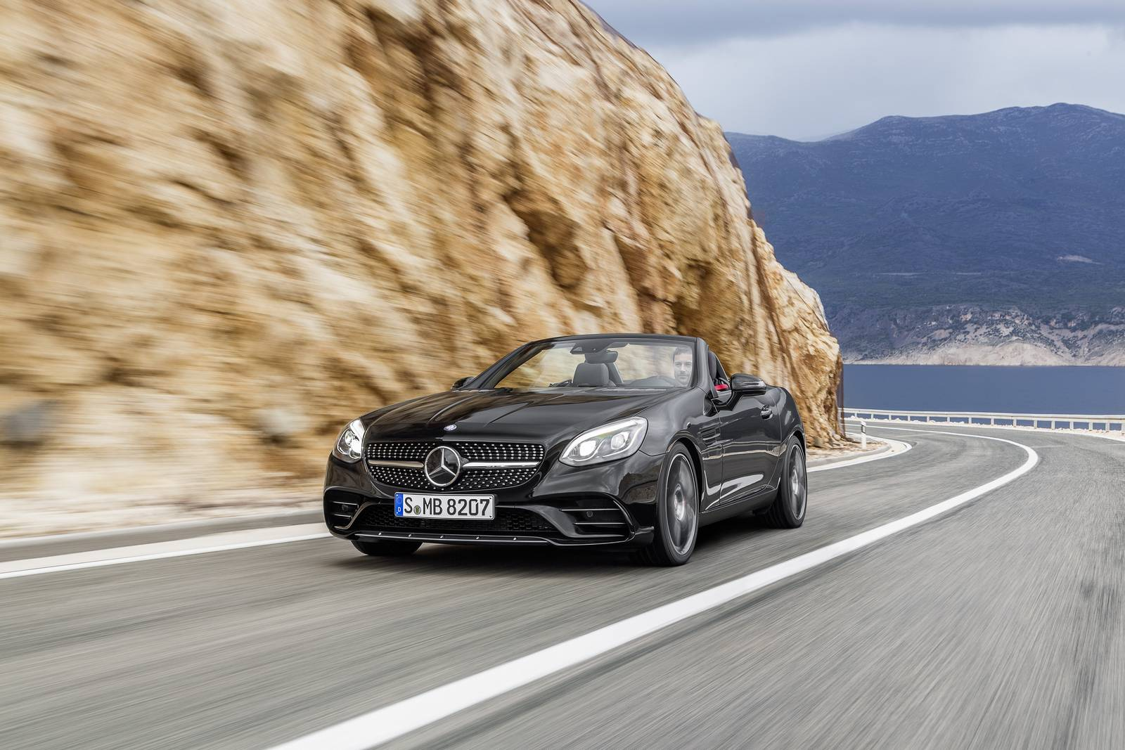https://storage.googleapis.com/gtspirit/uploads/2016/01/Mercedes-AMG-SLC-43-1.jpg