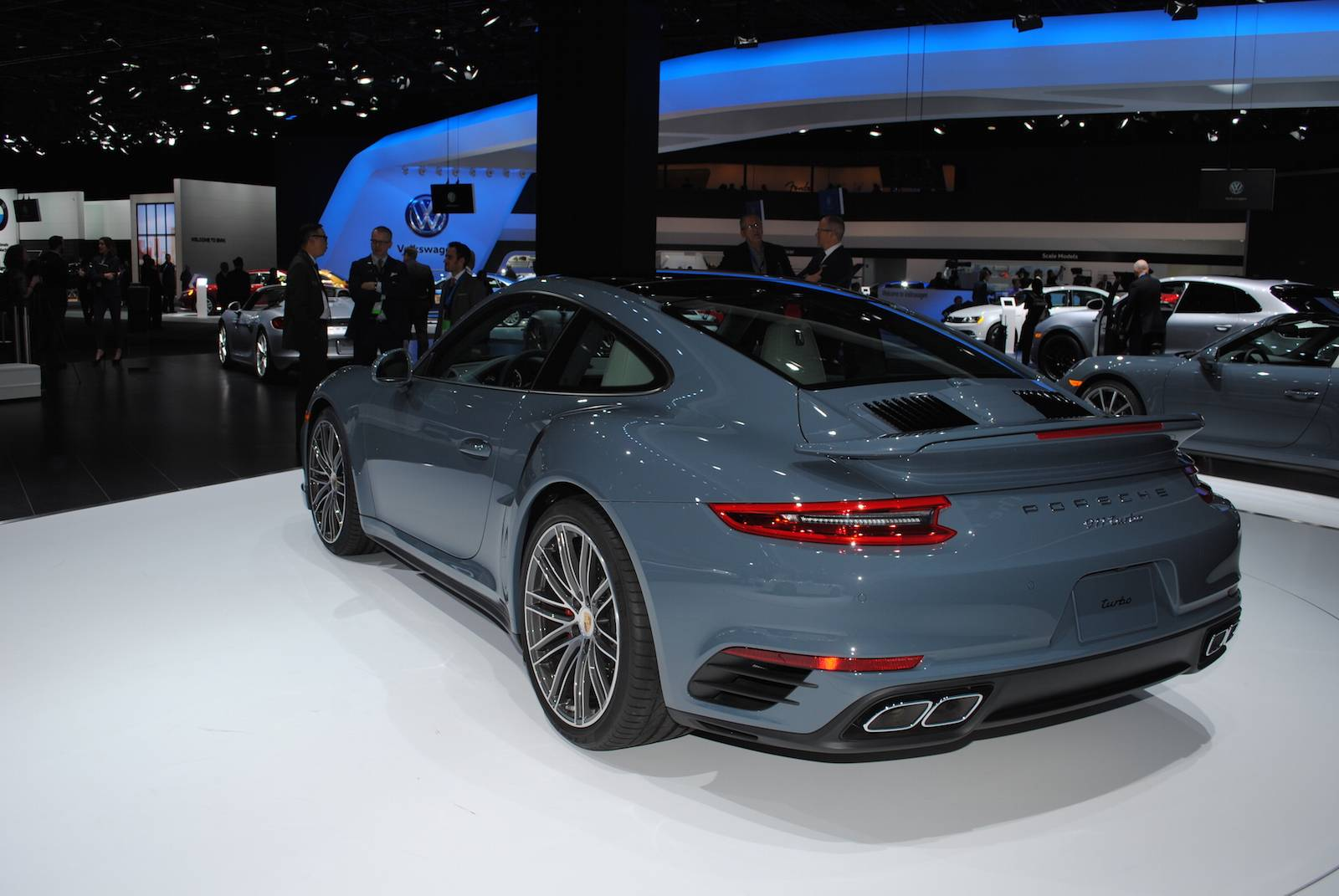 Detroit 2016 Porsche 911 Turbo And Turbo S Gtspirit