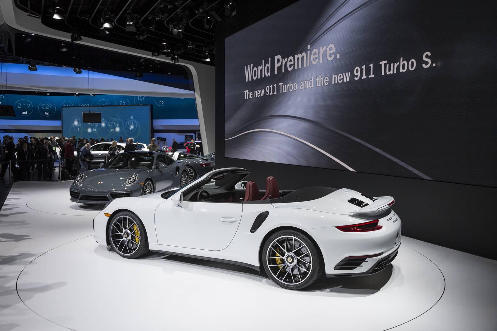 Detroit 2016: Porsche 911 Turbo and Turbo S - GTspirit on blue 911 turbo, 2005 porsche cayenne turbo, 2017 porsche boxster, 2016 porsche cayenne turbo, 2017 porsche cayenne, 2017 porsche panamera turbo, 2017 porsche panamera convertible, 2017 porsche roadster, 2017 porsche 918 spyder, 2017 porsche 918 turbo, 2017 porsche gt2, 2017 porsche panamera 4s, 2017 porsche gt3, 2017 mazda rx-7 turbo, 2017 porsche panamera gts, 2017 porsche cayman, 2017 ford focus turbo,