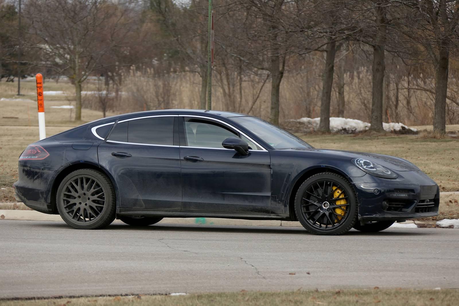 2018 porsche panamera shooting brake latest spy shots gtspirit - 2017 Porsche Panamera 971 Interior Spy Shots 1 Of 10 An Incredibly