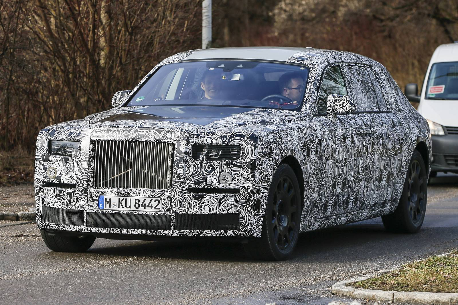 rolls royce phantom successor first spy shots gtspirit. Black Bedroom Furniture Sets. Home Design Ideas