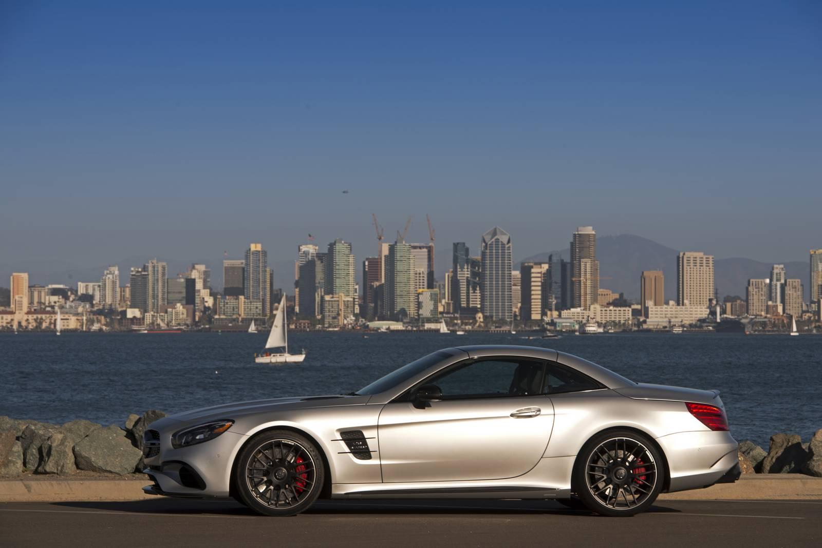 https://storage.googleapis.com/gtspirit/uploads/2016/02/Iridium-Silver-Metallic-Mercedes-AMG-SL-63-5.jpg