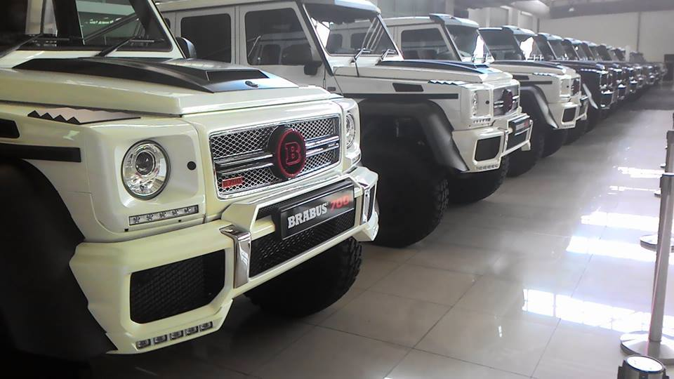 15 brabus 700 mercedes benz g63 amg 6x6 in malaysia gtspirit for Mercedes benz g63 6x6 amg