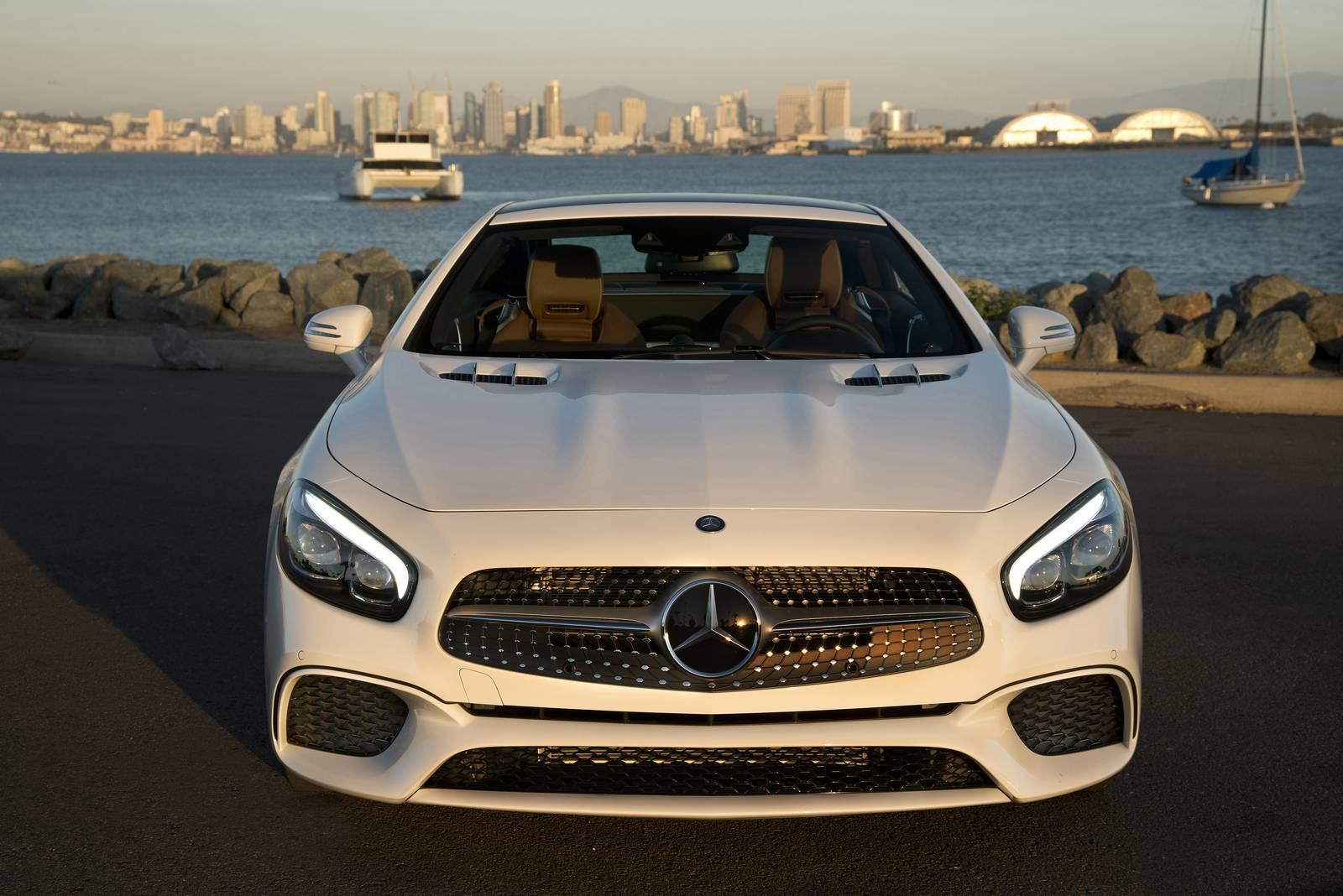 2017 mercedes benz sl review gtspirit for Mercedes benz of barrington