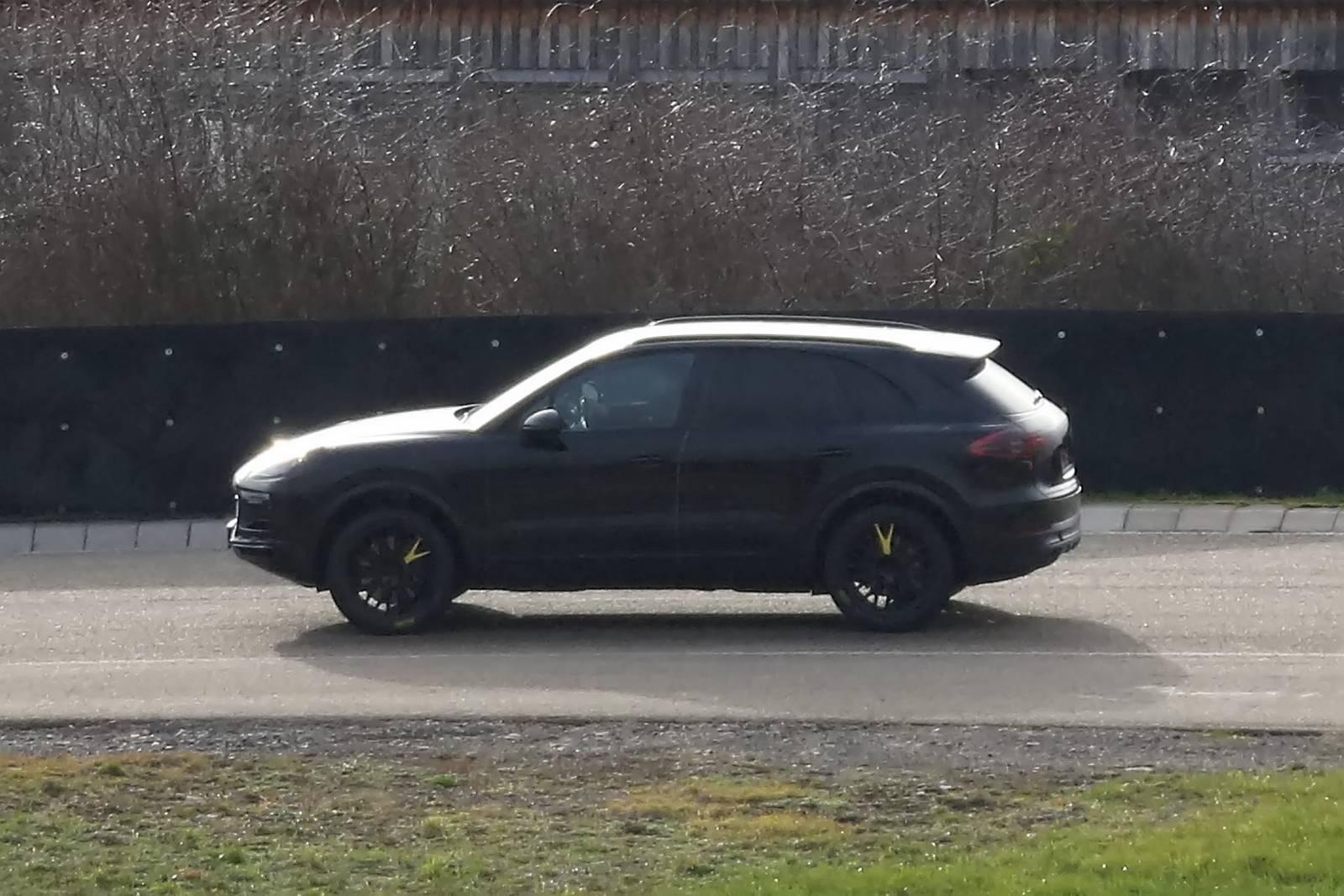 Next Gen Porsche Cayenne Spy Shots Gtspirit