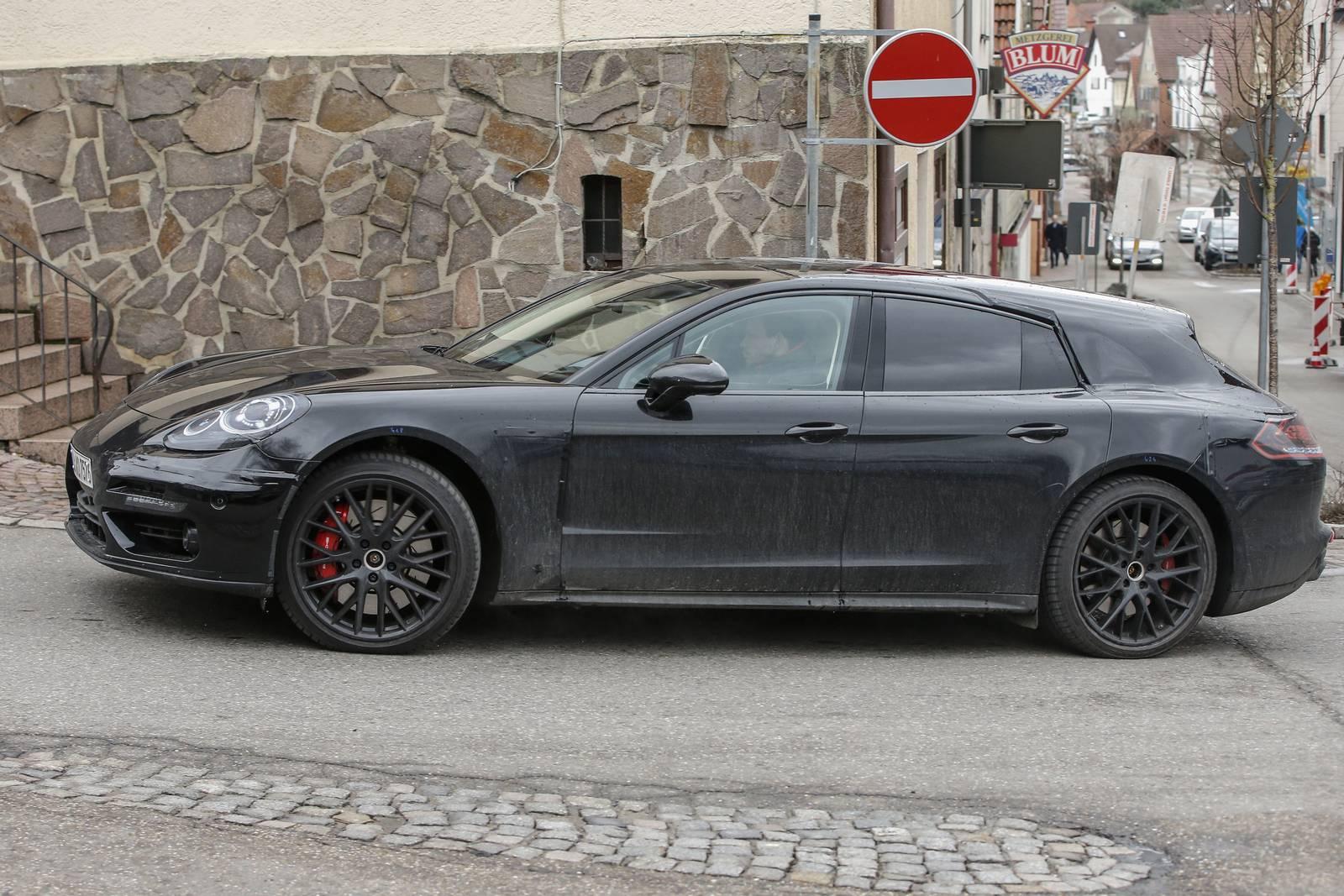 2018 porsche panamera shooting brake latest spy shots gtspirit - Porsche Panamera Shooting Brake Spy Shots 1 Of 10 Tags Porsche Panamera