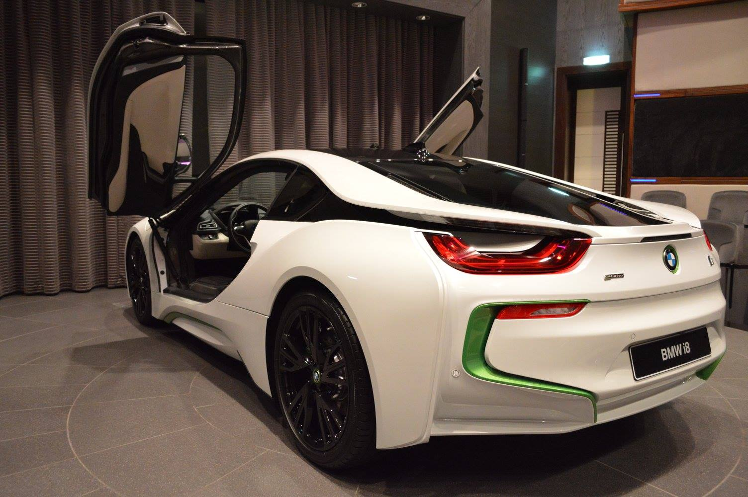 Fabulous White Bmw I8 With Java Green Accents Gtspirit