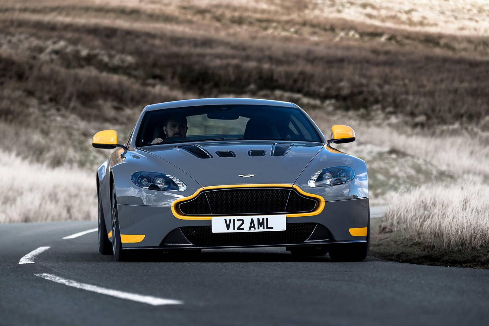 Official 2017 Aston Martin V12 Vantage S Manual Gtspirit