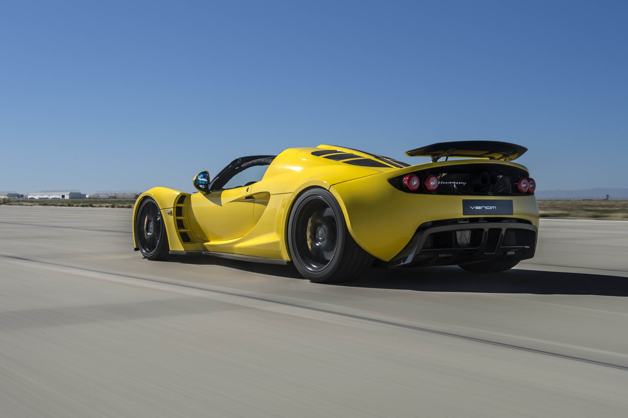 Video Hennessey Venom GT Spyder Sets New World Speed Record 427KPH