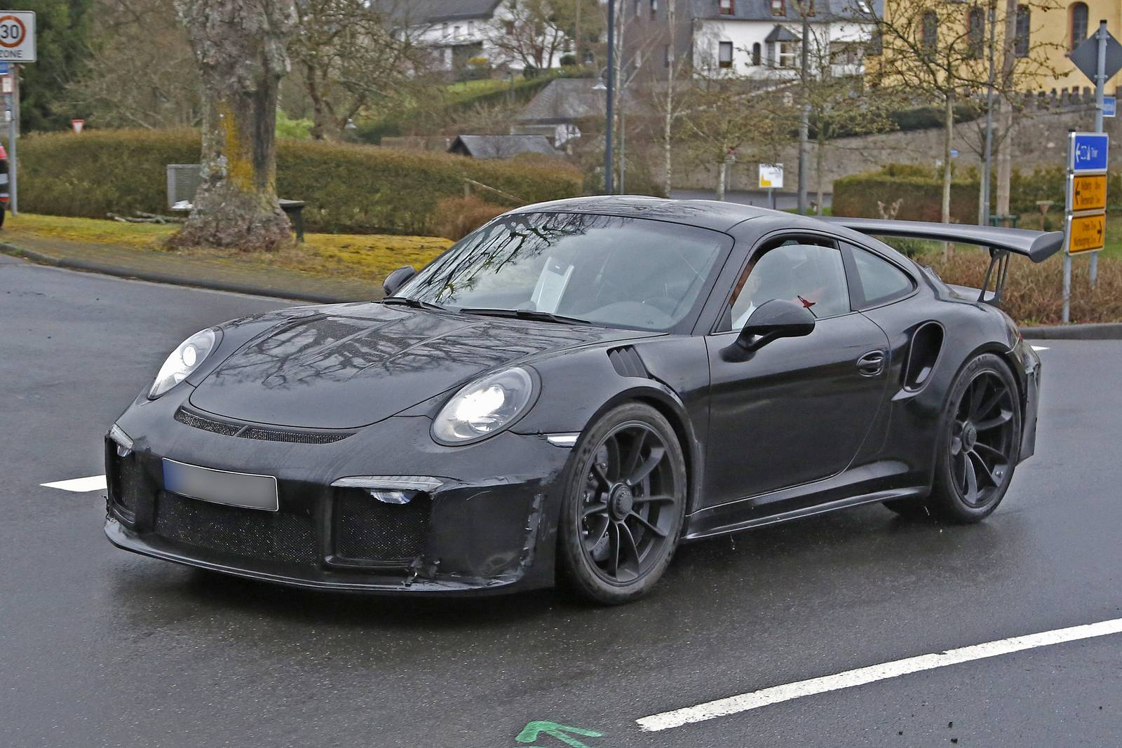 porsche 911 gt2 rs test mule in gt3 rs body new spy shots gtspirit. Black Bedroom Furniture Sets. Home Design Ideas