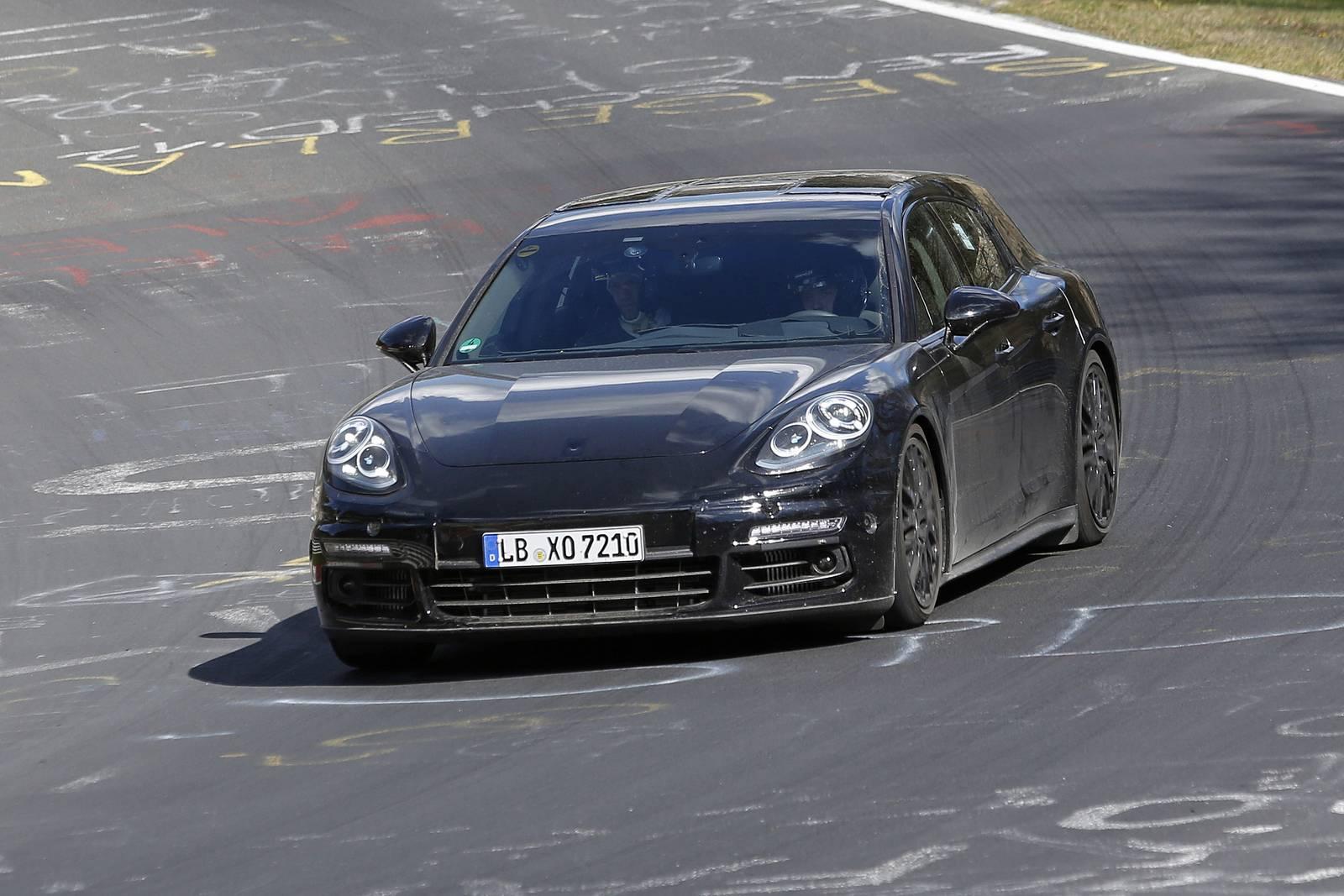 2018 porsche panamera shooting brake latest spy shots gtspirit - 2018 Porsche Panamera Shooting Brake 1 Of 8 Tags Porsche Panamera