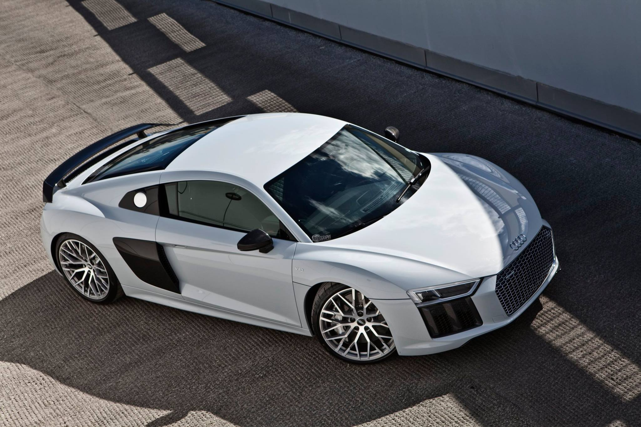 Gallery: Stunning Suzuka Grey Metallic 2017 Audi R8 V10 Plus - GTspirit