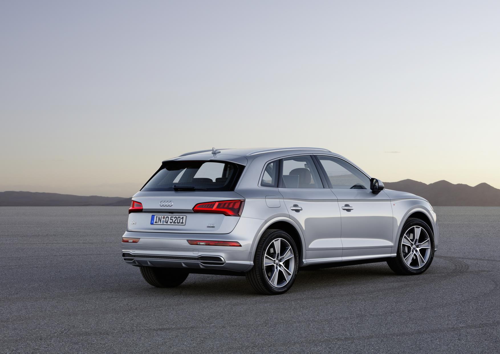 ficial 2017 Audi Q5 GTspirit