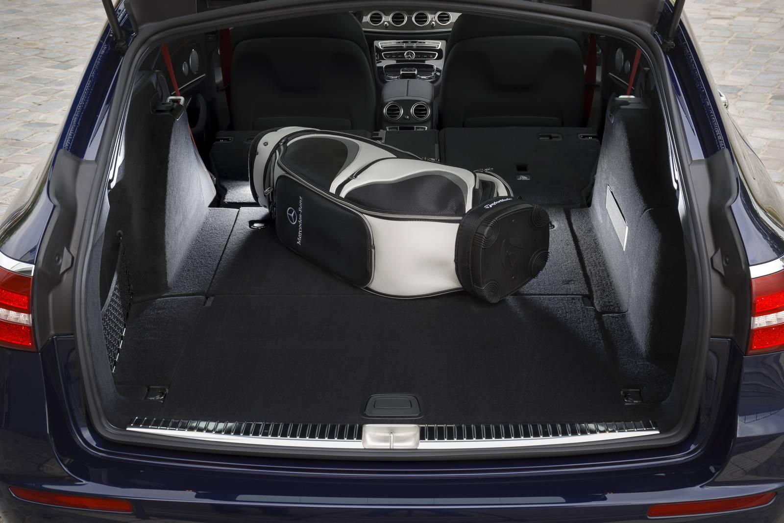 https://storage.googleapis.com/gtspirit/uploads/2016/09/Cavansite-Blue-Mercedes-AMG-E43-Estate-12.jpg