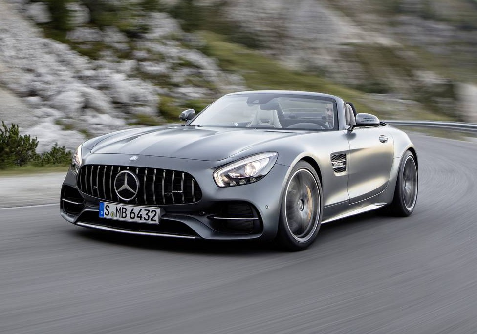 https://storage.googleapis.com/gtspirit/uploads/2016/09/Mercedes-AMG-GT-Roadster-7-e1473874839370.jpg