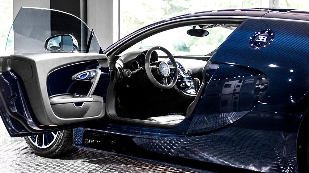 blue carbon bugatti veyron super sport for sale at. Black Bedroom Furniture Sets. Home Design Ideas