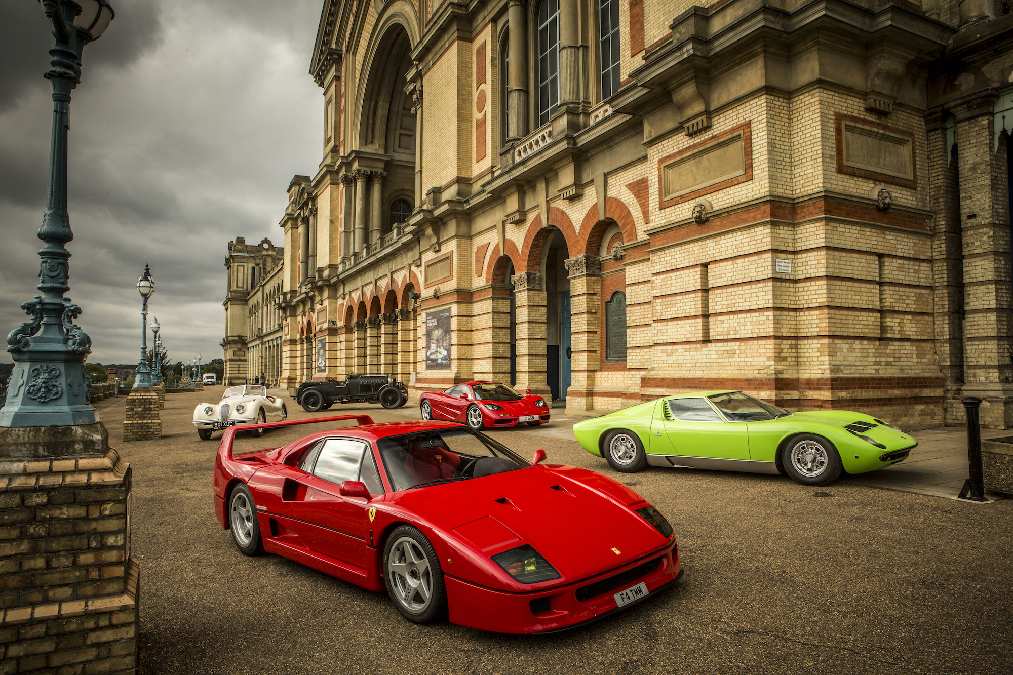 Win VIP Tickets to Classic & Sports Car Show 2016 GTspirit