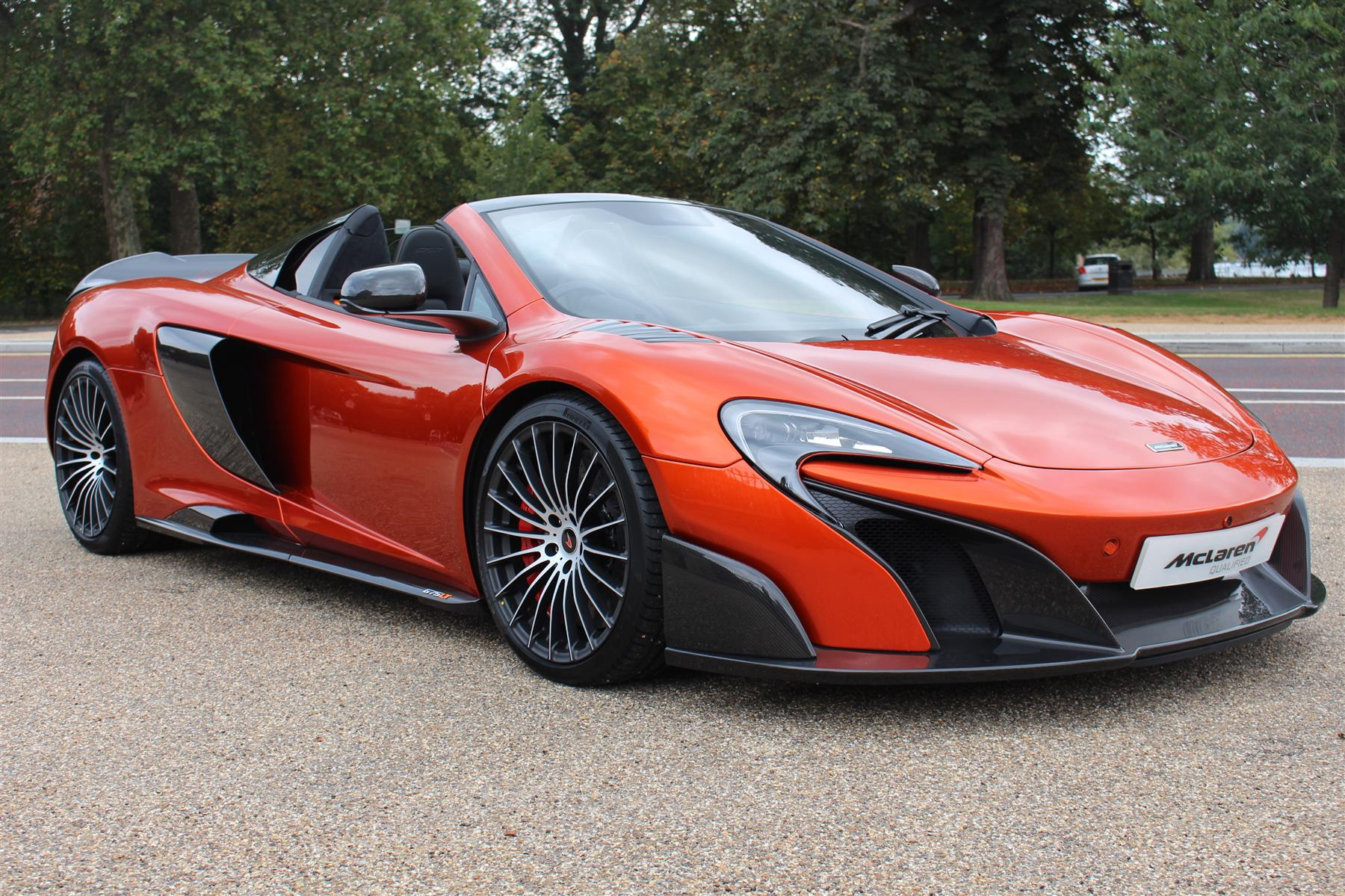 MSO Volcano Orange McLaren 675LT Spider for Sale at £423 950 GTspirit