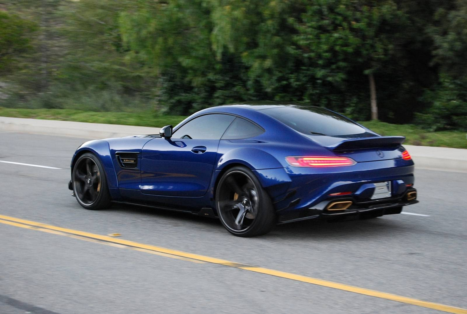 widebody mercedes amg gt s by prior design gtspirit. Black Bedroom Furniture Sets. Home Design Ideas
