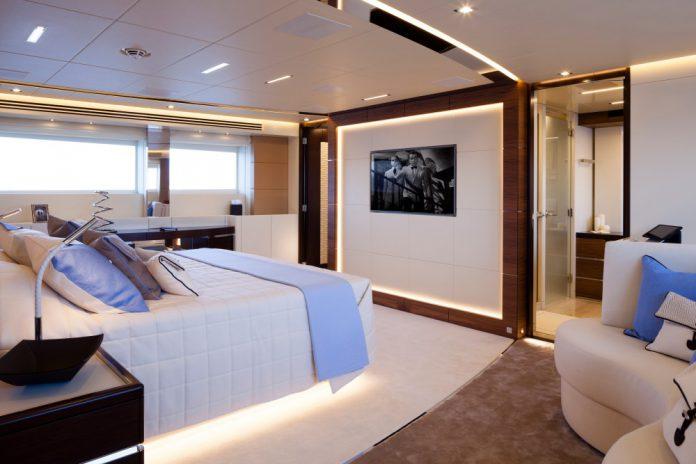 Heesen Yachts Amore Mio Superyacht (16)