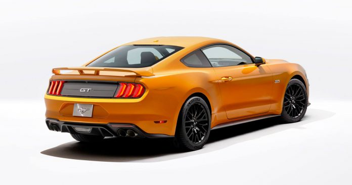 2018 Ford Mustang  (10)