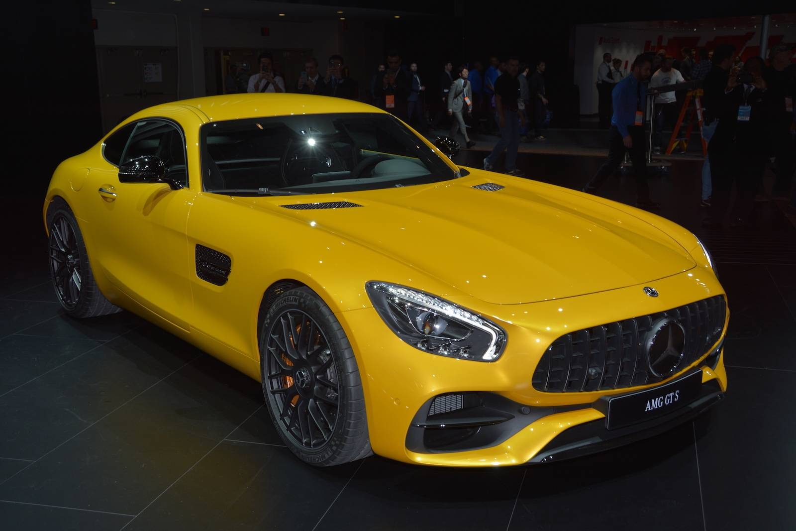 detroit 2017 mercedes amg gt facelift gtspirit. Black Bedroom Furniture Sets. Home Design Ideas