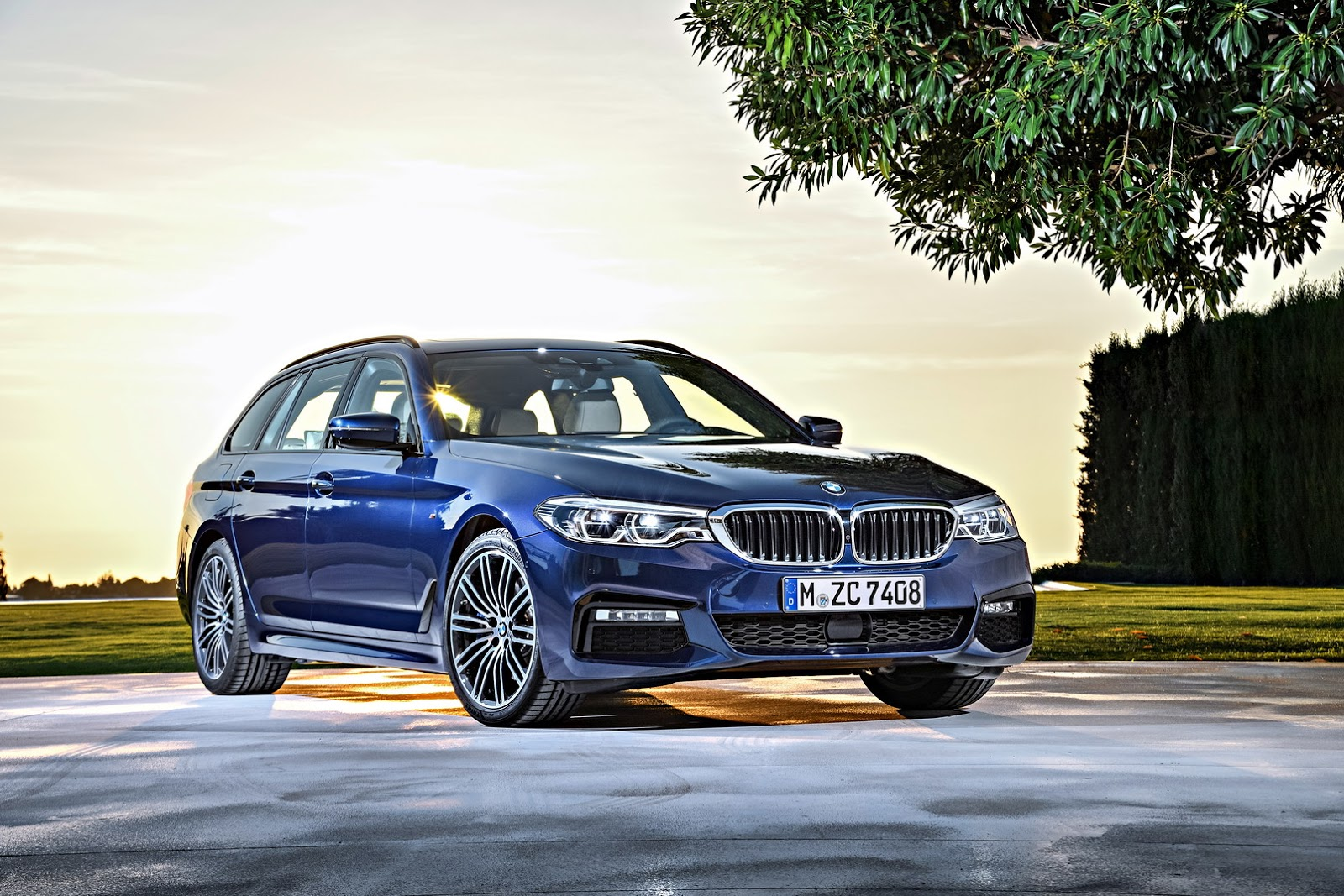 Official: 2018 BMW 5 Series Touring