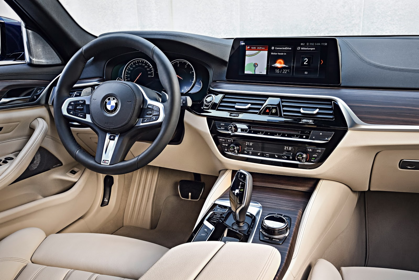 2018 Bmw 5 Series Touring 1 Of 60 The