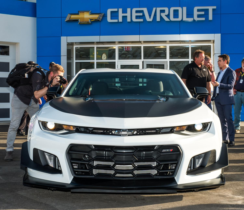 ficial 2018 Chevrolet Camaro ZL1 1LE GTspirit