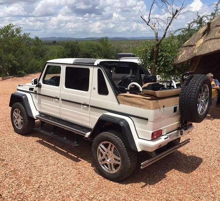 video mercedes maybach g650 4x4 landaulet leaked in namibia gtspirit. Black Bedroom Furniture Sets. Home Design Ideas
