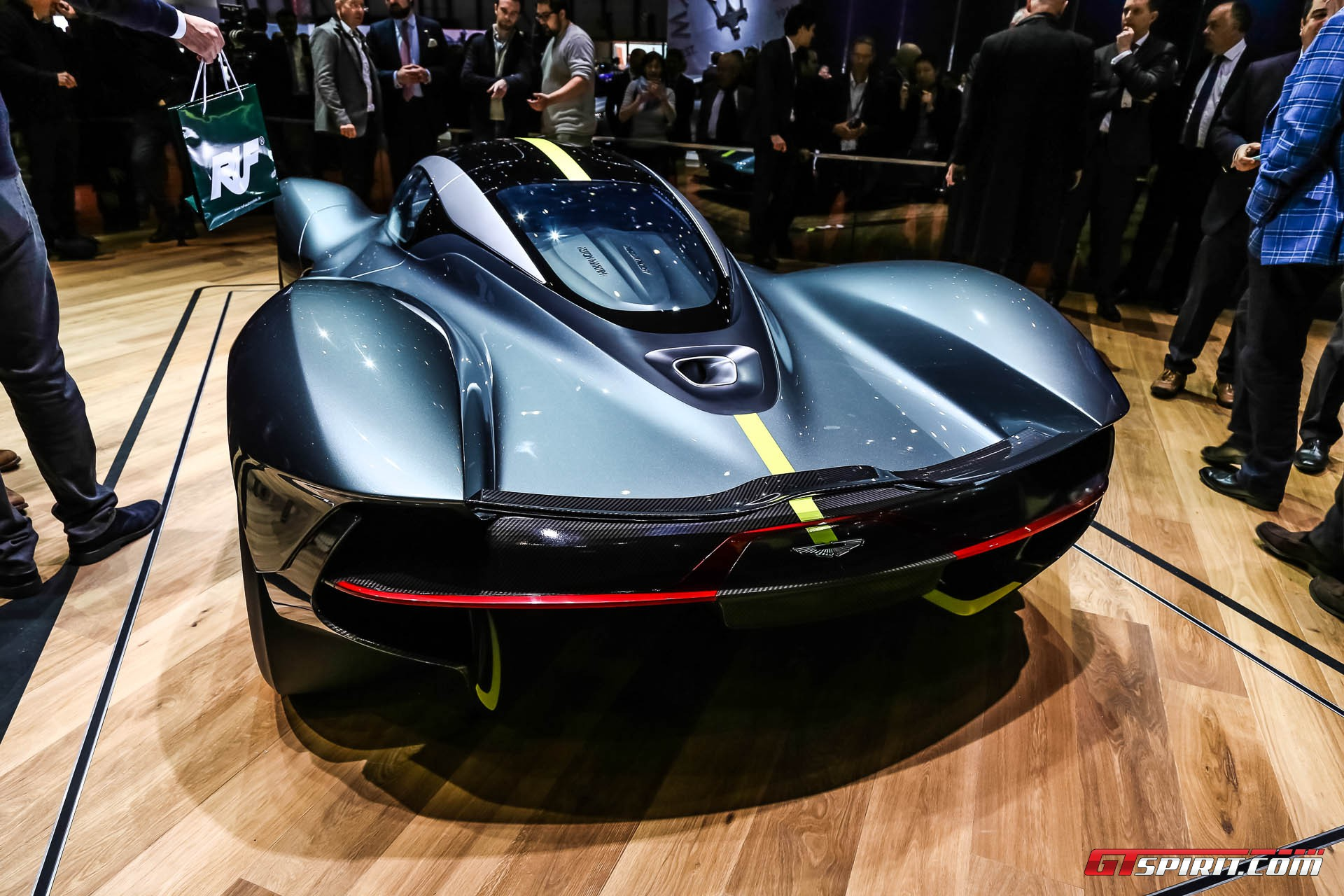 Geneva 2017: Aston Martin Valkyrie AM-RB 001 Hypercar