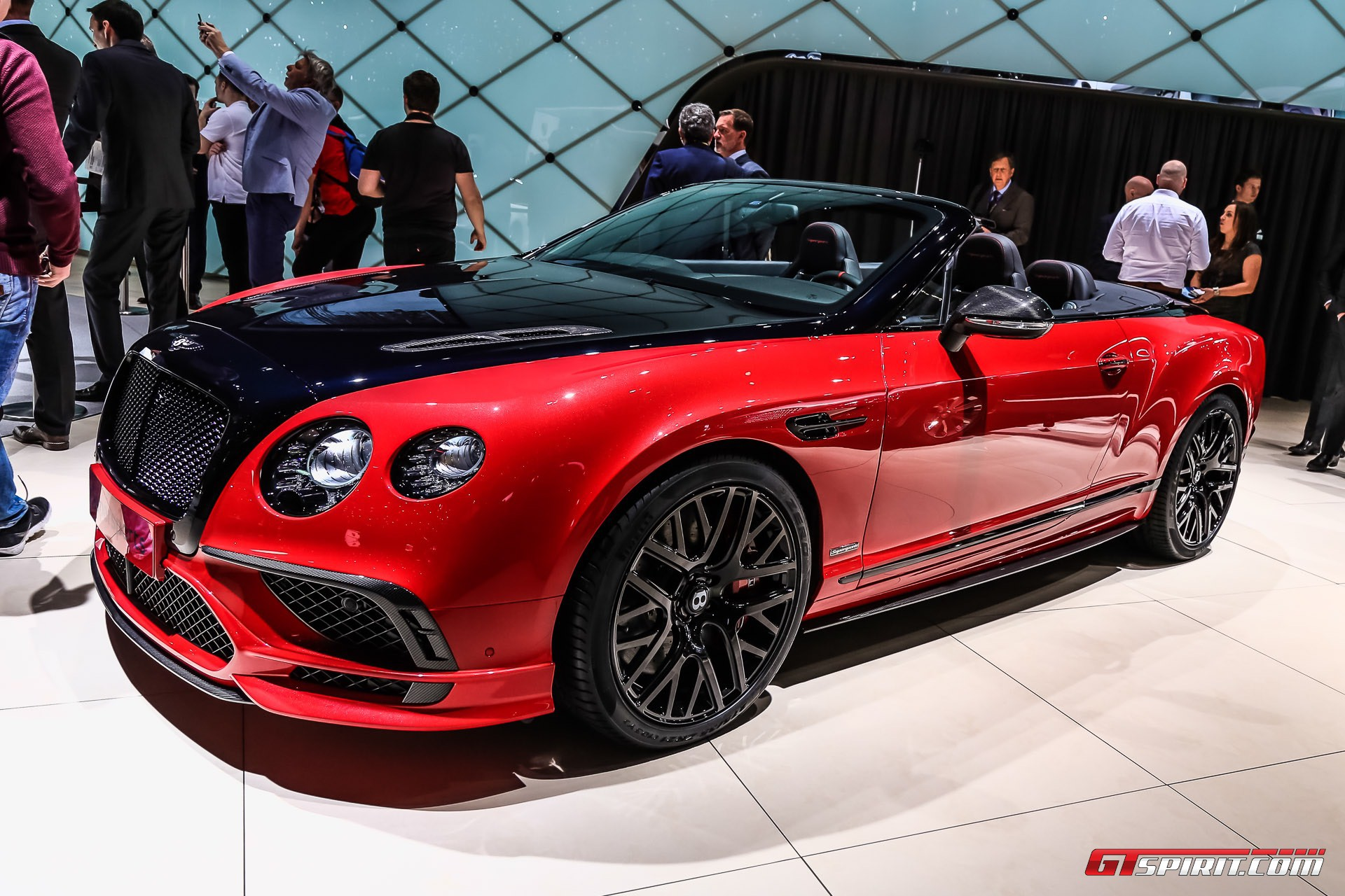 Geneva 2017 Bentley Continental Supersports Coupe Convertible