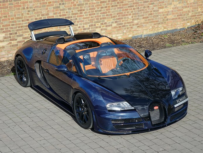 blue carbon bugatti veyron gs vitesse for sale at. Black Bedroom Furniture Sets. Home Design Ideas