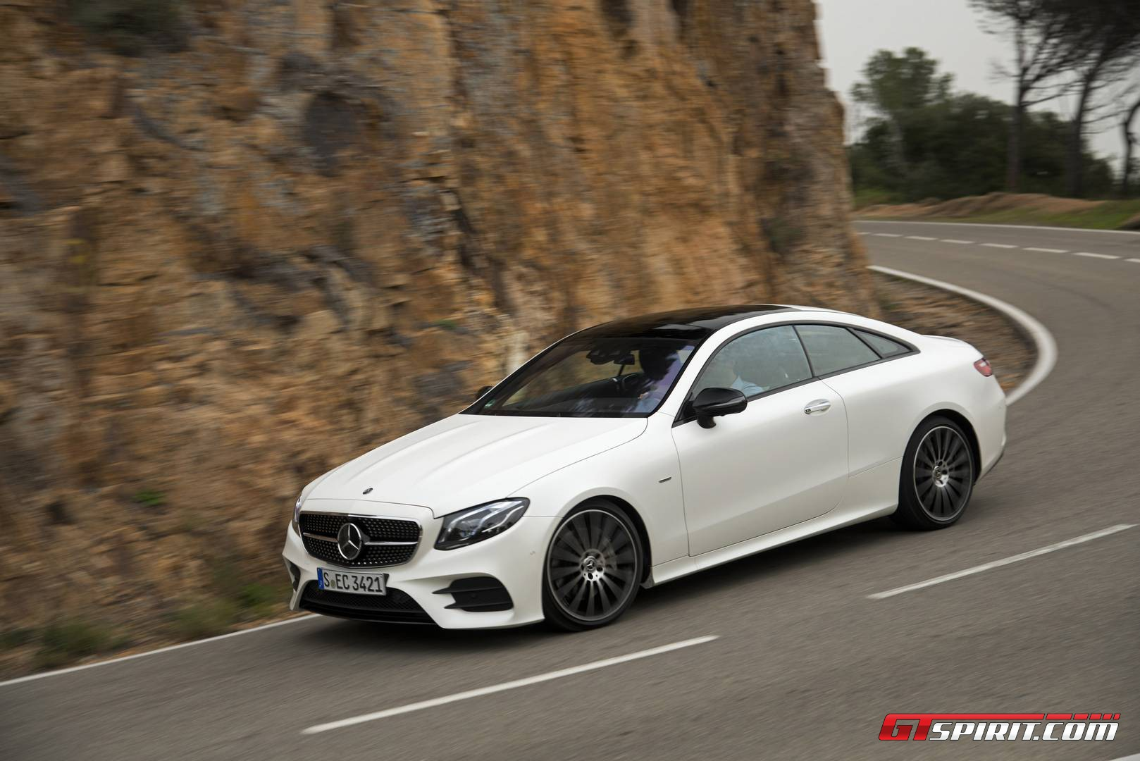 2017 mercedes benz e class coupe review gtspirit for Mercedes benz e3 50