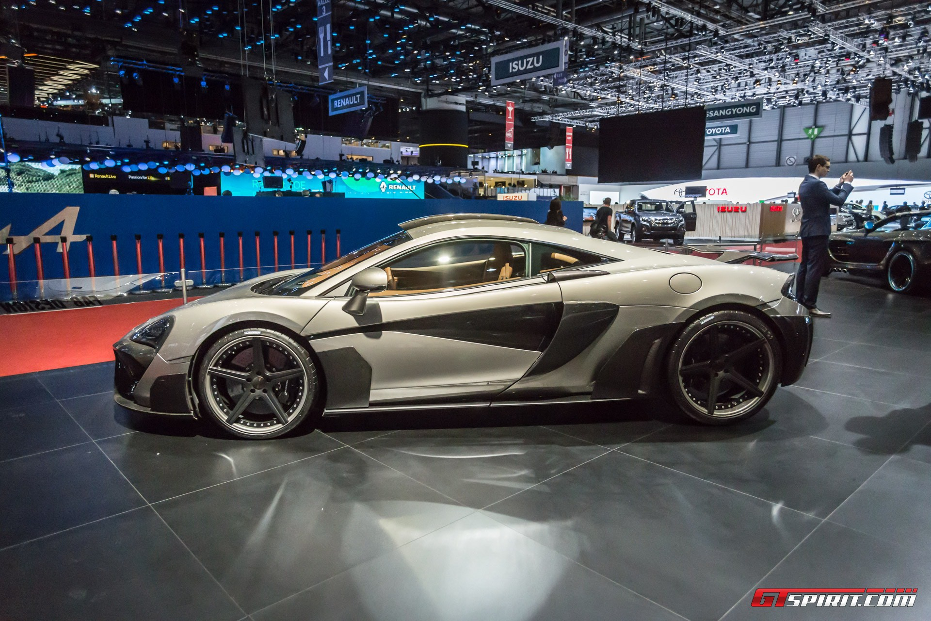 FAB Design Viyala McLaren 570S at Geneva 2017