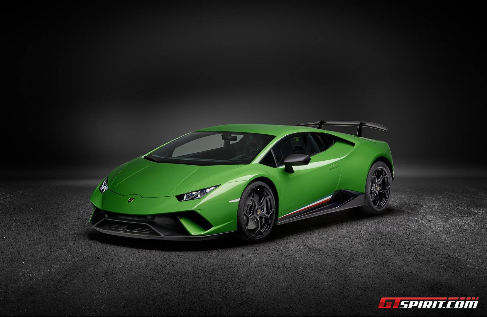 ... Lamborghini Huracan Performante. Breaking ...