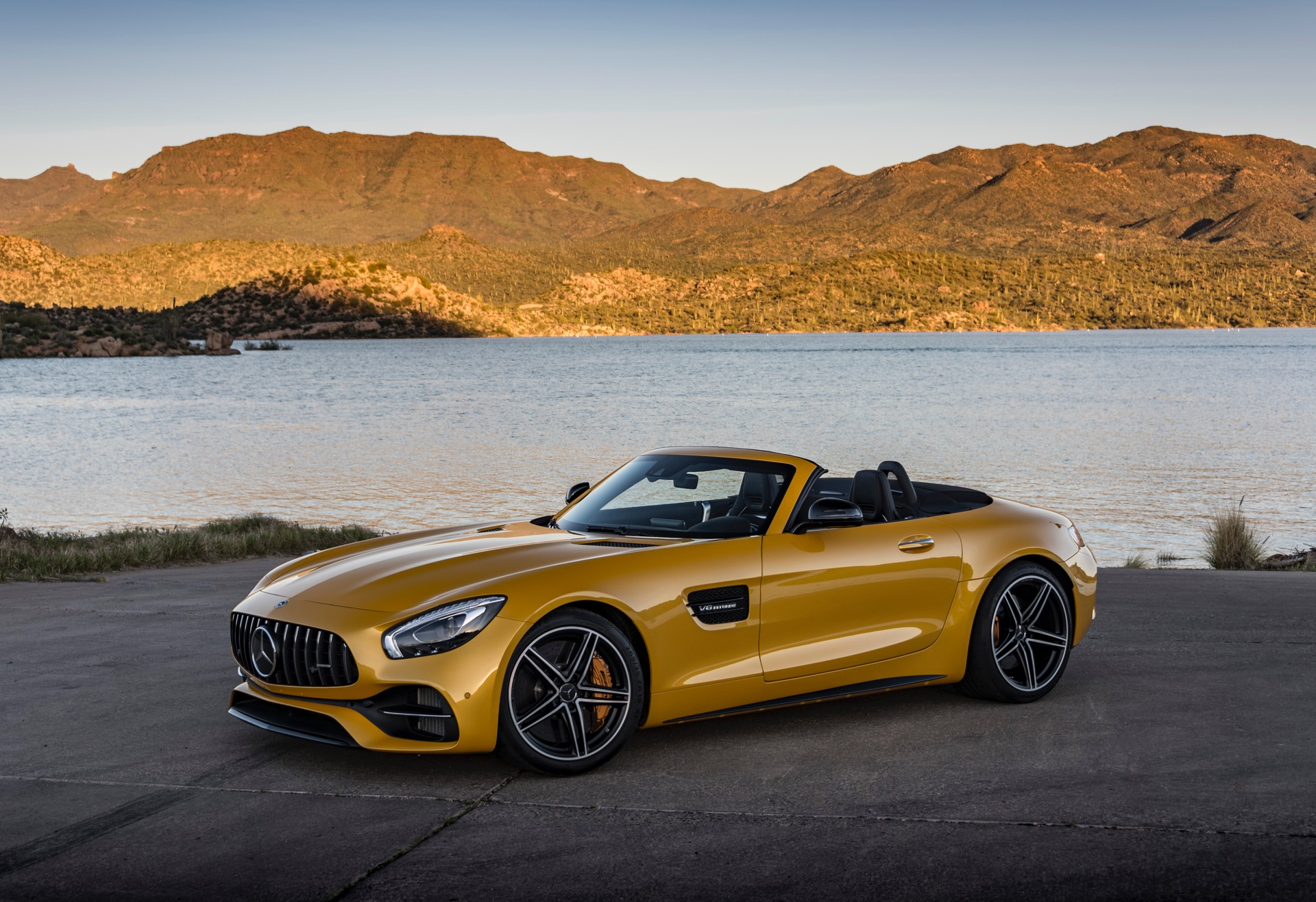 mercedes amg gt c roadster review gtspirit. Black Bedroom Furniture Sets. Home Design Ideas