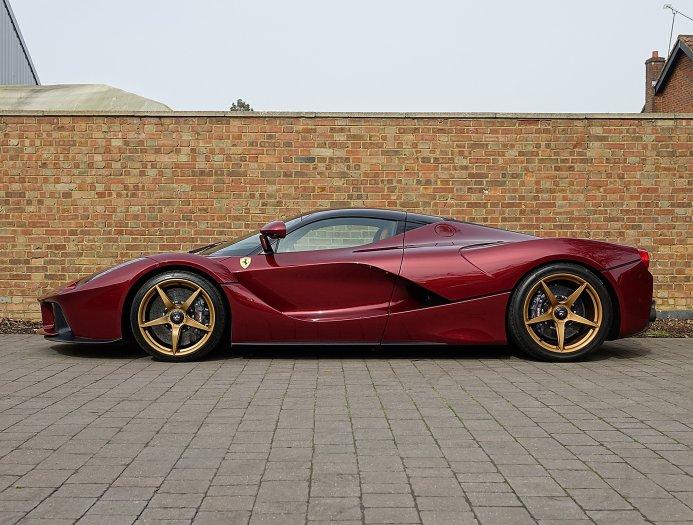 Rosso Rubino Ferrari Laferrari For Sale At 163 2 795 000 In