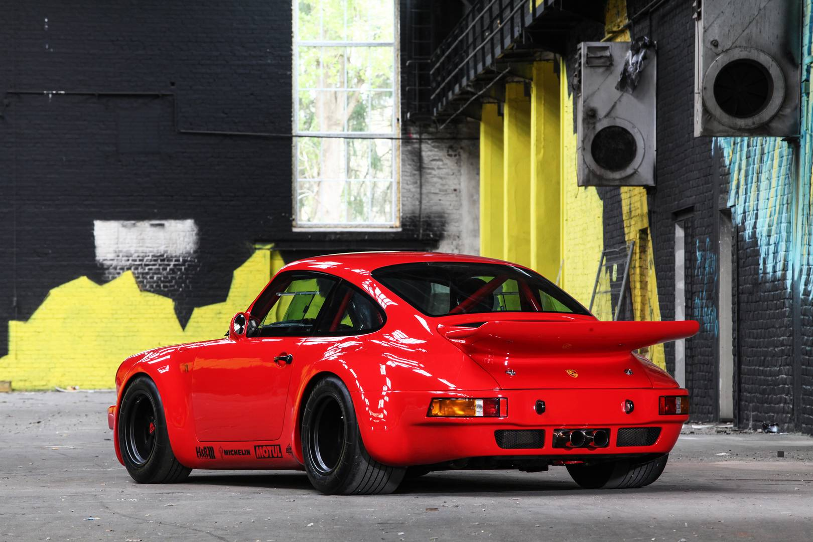 Dp Motorsport Creates A Porsche 911 Rs 3 5 Red Evolution