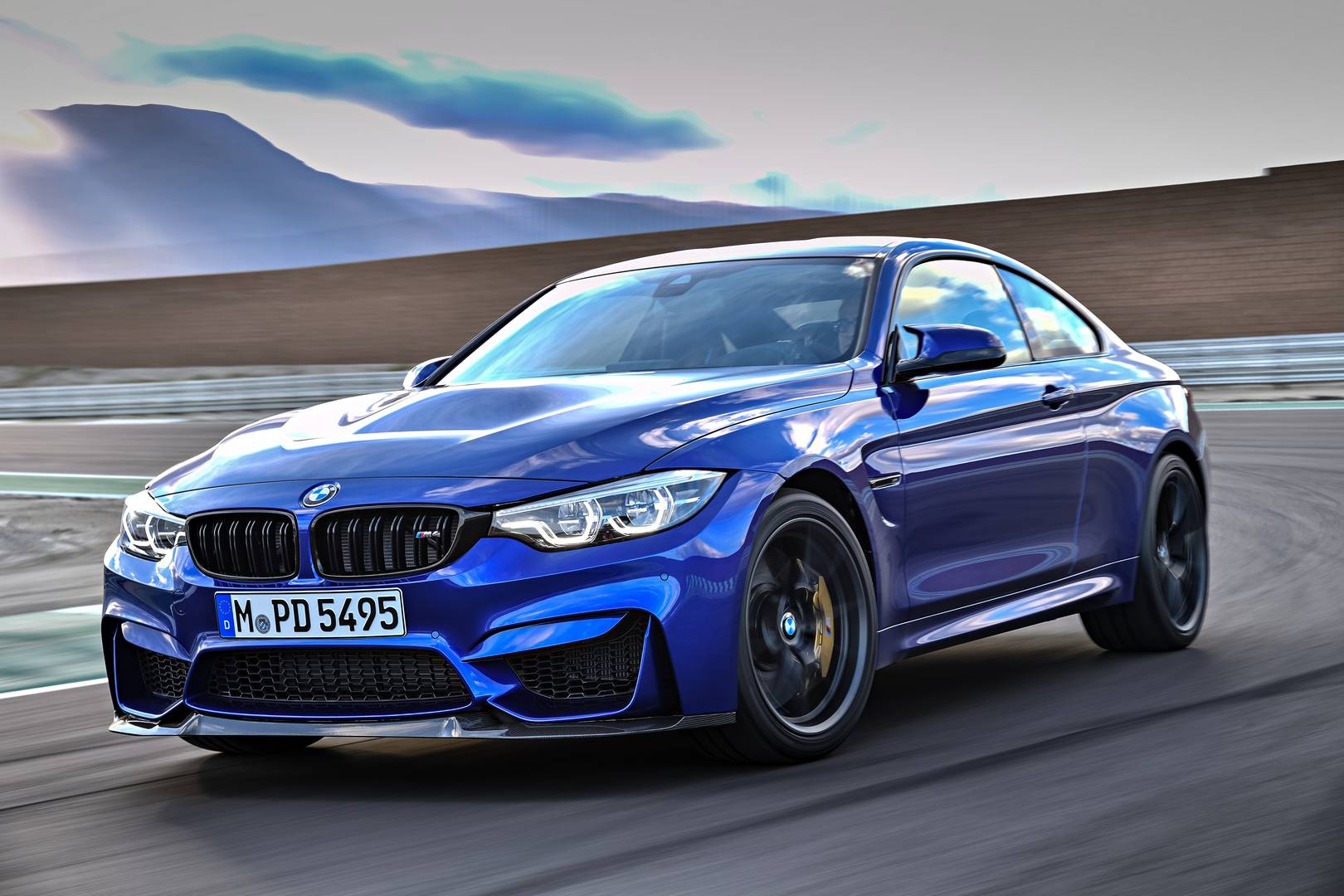 Official 2018 Bmw M4 Cs Gtspirit