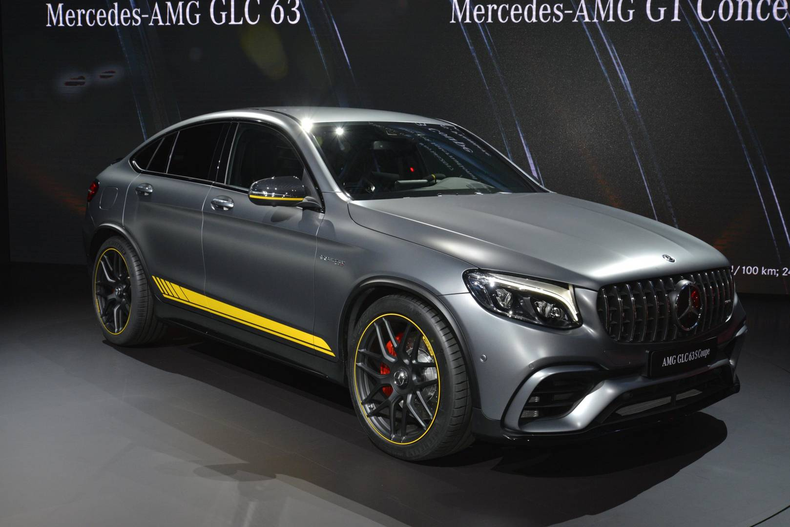 new york 2017 mercedes amg glc 63 gtspirit. Black Bedroom Furniture Sets. Home Design Ideas