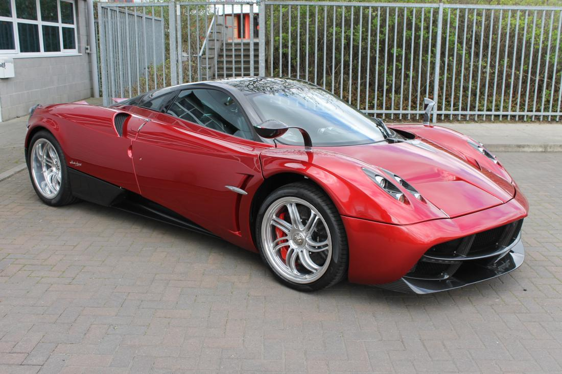 Pagani Huayra for Sale at £1,849,990 in the UK - GTspirit