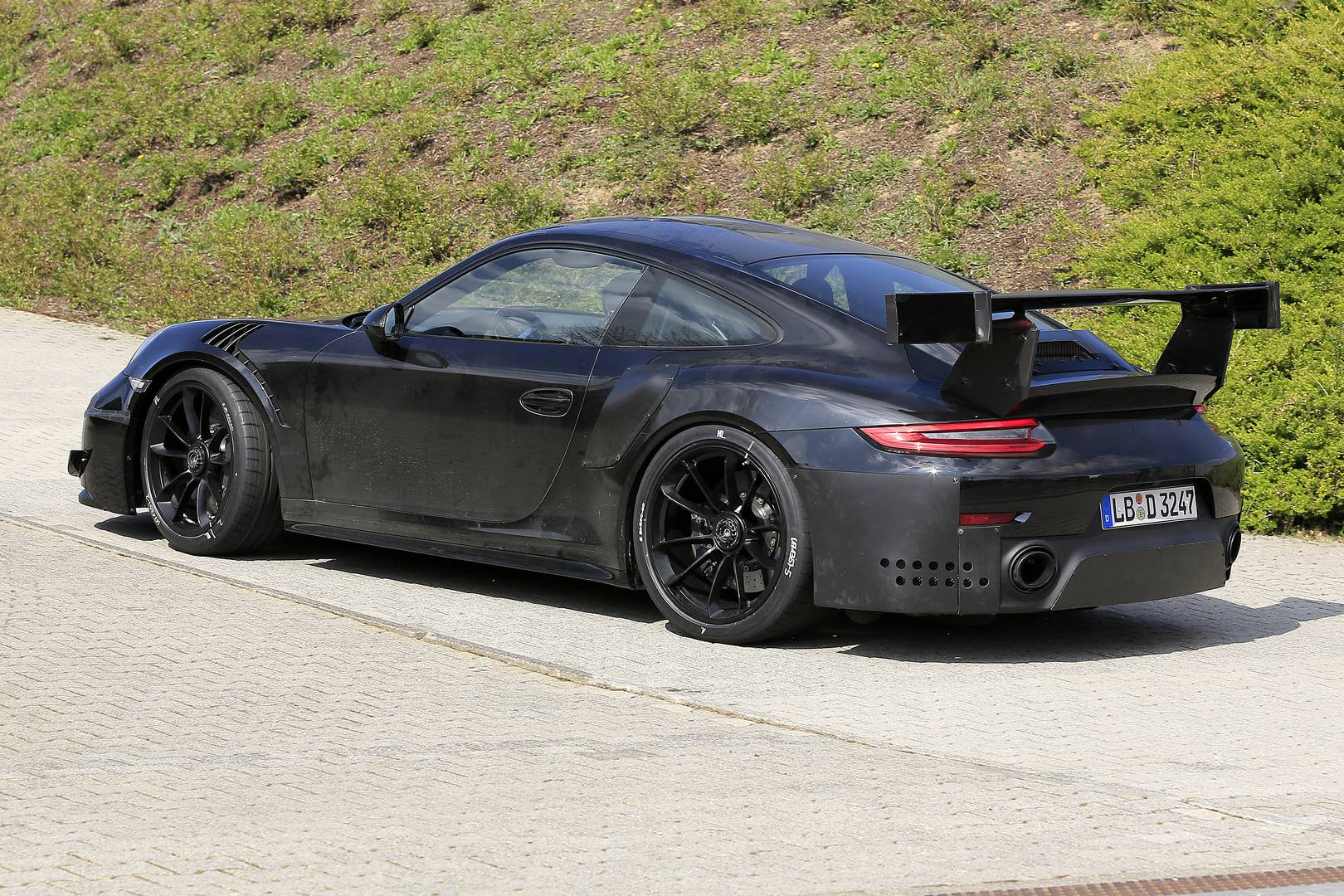 2018 porsche 911 gt2 rs spy shots at the nurburgring. Black Bedroom Furniture Sets. Home Design Ideas