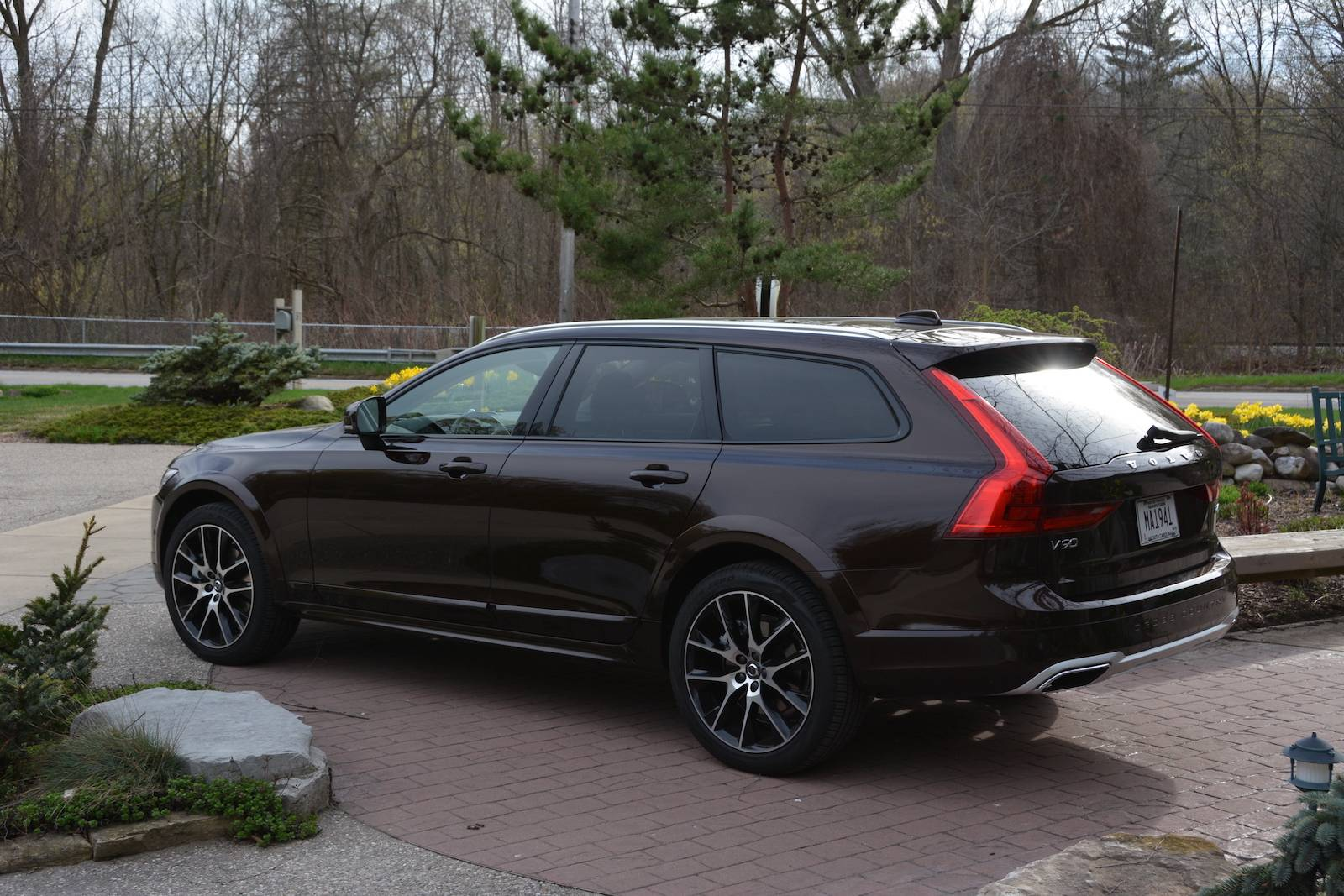 2017 volvo v90 cross country complete review with perfect. Black Bedroom Furniture Sets. Home Design Ideas